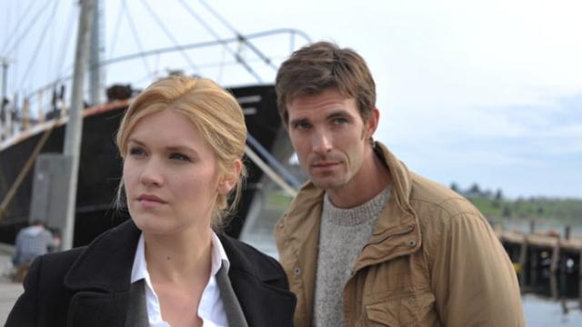 Audrey és Nathan a problémák nyomában - fotó: SyFY