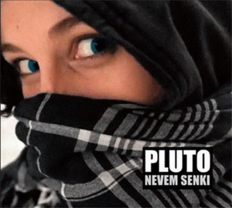Pluto: Nevem Senki